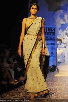 Sonalika Sahay walking the ramp for designer JJ Valaya at WIFW Spring Summer 2011, held in Delhi.