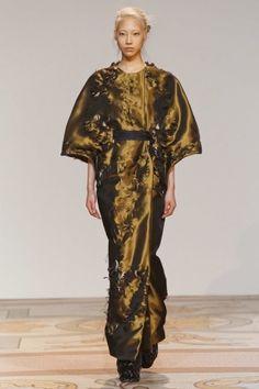 Paris A/W Couture 2013 Iris van Herpen | tbFAKE