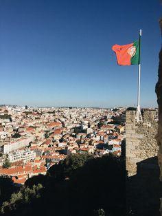 Lissabon Reisetipps #lissabon #lisboa #lisbon #reisetipps #reisen #travelgram #traveller #citrytrip #tipps #portugal #travellisbon #travellisboa #baixa #blogger #oldcity #bairroalto Mount Everest, Mountains, Nature, Travel, Lisbon, Bonn, Travel Tips, Voyage, Viajes