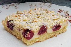 Schneller Quark-Streuselkuchen mit Obst Apple crumble cake with cottage cheese from sheet metal Quark Recipes, Ice Cream Recipes, Cake Recipes, Easy Smoothie Recipes, Easy Smoothies, Apple Crumble Cake, Streusel Cake, Fruit Crumble, Crumble Topping