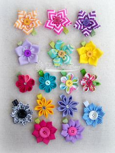 My Ready To Ship (RTS) Sale will be happening tonight at 8:30pm CST!  All of these flowers and many more hair clips will be available at my Storenvy shop.  #ellabellabows #mmmakers #RTSsale #hairbows #flowers #spring #summer