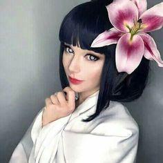 Hinata Hyuga (Naruto) cosplay