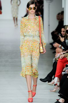 Matthew Williamson Spring 2014 Ready-to-Wear Fashion Show - Amra Cerkezovic