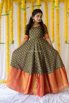 Long Gown Dress, Silk Dress, Long Frock, Dress Indian Style, Indian Outfits, Long Dress Fashion, Fashion Dresses, Anarkali Dress, Lehenga