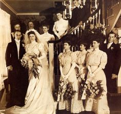 5 November 1906 - Unknown wedding party from Pennsylvania party fashion Edwardian Era Vintage Wedding Photos, Vintage Bridal, Wedding Pictures, Vintage Weddings, Edwardian Era, Edwardian Fashion, Wedding Looks, Wedding Bride, Wedding Attire