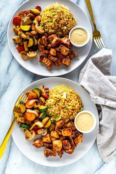 Perfect Hibachi Chicken {Benihana Copycat} - The Girl on Bloor Hibatchi Recipes, Diner Recipes, Cooking Recipes, Chicken Hoisin Sauce, Chicken Teriyaki Recipe, Chicken Recipes, Vegetable Crisps, Vegetable Recipes, Hibachi Chicken And Vegetables Recipe