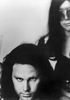 Jim Morrison and Janis Joplin. The Doors, Janis Joplin, Jim Morrison, Rock Music, My Music, Rock And Roll, Ray Manzarek, Rainha Do Rock, Psychedelic Bands