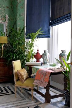 Green & Blue Sitting Area A patterned living room with small table sitting area in a small London flat with antique furniture & patterned wallpaper. Interior design ideas and inspiration from HOUSE by House. Tiny Living Rooms, Small Living, Table And Chairs, A Table, Interior Decorating, Interior Design, Curtain Designs, Best Interior, Contemporary Furniture