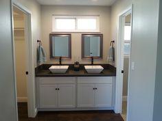 2179 Saint Clair - Master Bath   Huggins Homes