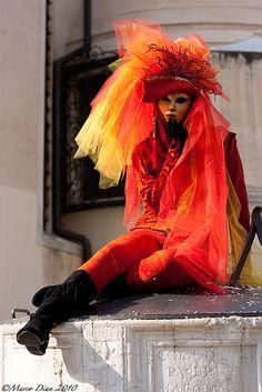 Venice Carnival Carnival Date, Mardi Gras Carnival, Carnival Of Venice, Rio Carnival, Carnival Costumes, Venetian Costumes, Venetian Carnival Masks, Venetian Masquerade, Venice Mask