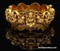 Nakshi temple kada. Description by Pinner Mahua Roy Chowdhury