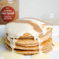 Gingerbread Cream Cheese Pancakes via @macro_chef