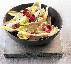 Warm brie, chicory & bacon salad
