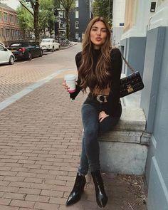 Negin Mirsalehi: Fall like look yesterday. Denim Fashion, Look Fashion, Autumn Fashion, Fashion Outfits, Fashion Trends, Womens Fashion, Classy Fashion, Fashion Vintage, Leather Fashion