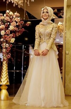 Their wedding hijab dress brings few difficulties, as they need to wear outfits which is Islamic and joined by hijab Muslim Wedding Dresses, Muslim Dress, Wedding Dress Trends, Bridal Dresses, Hijab Dress, Dress Wedding, Kebaya Muslim, Wedding Ideas, Peplum Dress