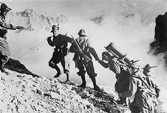 campaign in the west (battle of France)Italian invasion of southern france Italian mountain troops 'Alpini' in the Alps about 1940 - pin by Paolo Marzioli Italian Army, National History, French Army, Visit Italy, Military History, World War Two, Armed Forces, Alps, Southern France