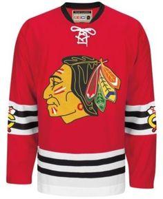 Ccm Men s Chicago Blackhawks Classic Jersey - Red M Hockey Logos 17e8f3b4662