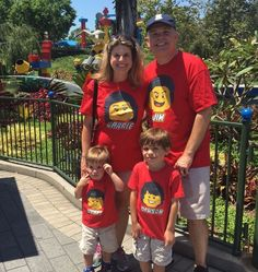 Personalized - Build Your Own LEGO Tee. Perfect for gifts, kids parties, or to channel your inner super hero! Lego T Shirt, Lego Themed Party, Lego Birthday Party, Custom Cheer Bows, Family Birthday Shirts, Legoland California, Wonder Woman Party, California Outfits, Kids Party Themes