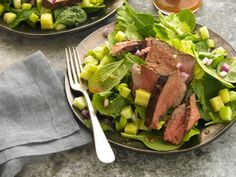 Thai Beef Salad http://www.prevention.com/food/cook/20-low-calorie-salads-that-wont-leave-you-hungry/slide/10
