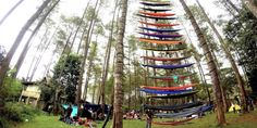 The Hammock tower in Indonesia has made a big hit! We were part of the movement with ticket to the moon, promoting the hammock camping lifestyle and developping a big tribe of travelers in Indonesia!  This picture has been in the local newspaper Kompas!