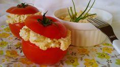 Töltött paradicsom diétás tojáskrémmel Food And Drink, Stuffed Peppers, Dinner, Vegetables, Healthy, Easter, Diets, Dining, Stuffed Pepper