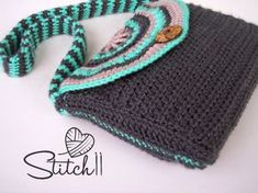 I designed the Minty Mandala Purse for ME! My Fat Bottom Bag has been through a lot, and needed replaced.  I wanted something with a fun Bohemian style. Enjoy your new free crochet pattern! Supplies 3 colors of Red Heart Soft Essentials (Bulky 5)(This yarn is BEAUTIFUL btw!!) 5 mm Crochet Hook Large Button …
