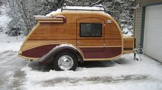 suddenly obsessed with teardrop camper trailers. DIY!