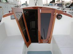 Once in a Lifetime Experience – Yacht Charter Sailing in Greece Used Sailboats, Small Sailboats, Sailboat Living, Living On A Boat, Sailboat Interior, Yacht Interior, Catamaran, Sailing Yachts, Sailing Boat