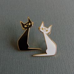 """kmmcm: """" Lunar Guardian Pins now Available Both my black and white lunar kitties are now available from my Etsy store. Cat Jewelry, Jewelery, Jacket Pins, Dibujos Cute, Cool Pins, Pin And Patches, Hard Enamel Pin, Pin Badges, Black Rubber"""