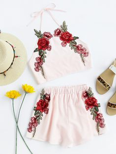 Shop Rose Applique Crop Top With Shorts online. SheIn offers Rose Applique Crop Top With Shorts & more to fit your fashionable needs.