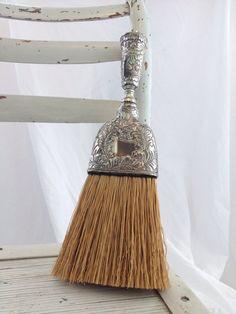 Image hotlink - 'https://i.pinimg.com/236x/5a/c7/02/5ac702c339d8d8cb2a698eec957503b1--whisk-broom-vintage-silver.jpg'