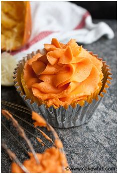 Quick and easy orange frosting recipe (orange buttercream icing), made with simple ingredients and perfect for Summer desserts. It's fluffy, creamy, tastes great on cakes, cupcakes, cookies. Variations like orange cream cheese frosting also included.