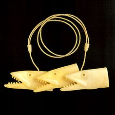 jewellery : necklace pendant : Hamish             Campbell-NZ 'Hunting Fish' 1999