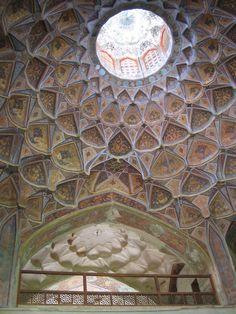 Muqarna on dome ceiling, inside Kakh-e Hasht behesht (eight paradise) Palace — in Esfahan (Isfahan).