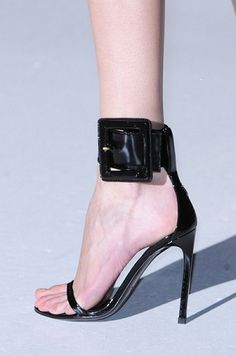 Gucci Spring 2013  Gucci, yes!