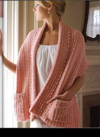 Shawl with pockets - I'd love to have a shawl like this...POCKETS!!!