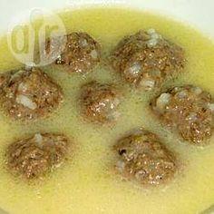Jouvarlakia (Griechische Suppe mit Hackbällchen) @ de.allrecipes.com