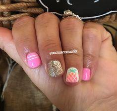 Pineapple nails gel nails ombré nails nail art