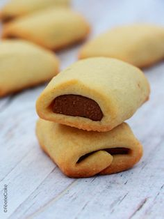 Recipe for Kango-style chocolate shortbread cookies - Féerie Cake Chocolate Shortbread Cookies, Easy Chocolate Chip Cookies, Recipe Shortbread, Cookie Recipes, Snack Recipes, Desserts With Biscuits, Party Food And Drinks, Biscuit Cookies, Aesthetic Food