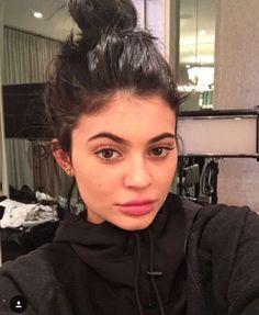 Kylie Jenner bun No makeup