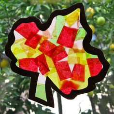 """Kid's Craft: """"Stained Glass"""" Leaves"""