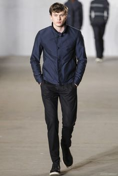 Todd Snyder Fall 2016 Menswear Fashion Show Vogue Paris, Mens Fashion Week, Fashion Show, Todd Snyder, Fall 2016, Winter Jackets, Winter Coats, Fall Winter, Bomber Jacket