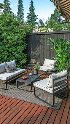 Pihakalusteiden huolto riippuu aina pihakalusteiden materiaalista. Katso tästä helpot pihakalusteiden huolto-ohjeet erilaisille materiaaleille. Terrace Garden, Cosy, Fence, Outdoors, Outdoor Decor, Nature, Table, Home Decor, Terrace