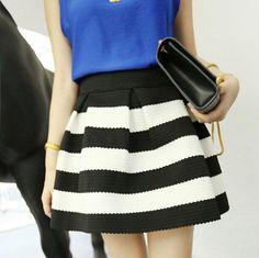 FALDITAS MARINERAS Color: Verde, Negro, Azul, Rojo Talla: Unica ( S,M,L ) Precio: 15.99€ www.cocoylola.es #cocoylola #moda  #faldas #falda #tiendaonline #shop #españa