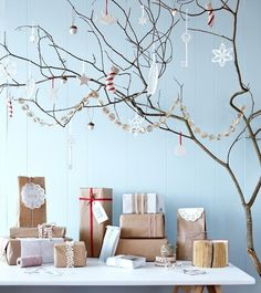 Nordic Christmas Decorating | Scandinavian Decorating Ideas for Christmas ... | World Xmas in Scand ...
