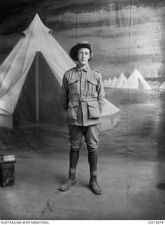 WWI, 15 Feb 1917; Pt Clarence W Mears died of wounds at Gueudecourt, France. -AWM