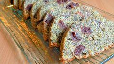 A mákos sütiket ősszel és télen szoktam sütni, valahogy ilyenkor hangolódom rá. Ez a mákos-meggyes gyümölcskenyér az egyik kedvencem, főleg azért mert nagyon egyszerűen és gyorsan elkészül.