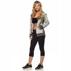 Gym Wear For Women, Clothes For Women, Comfort Gray, Tracksuit Jacket, Floral Jacket, Athletic Outfits, Outerwear Women, Workout Shirts, Fashion Outfits