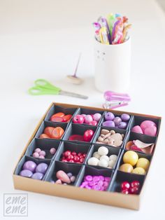 turning chocolate boxes into storage by stuffing them with origami boxes (Chocolate Box Craft) Diy Box Organizer, Cardboard Organizer, Diy Storage Boxes, Organiser Box, Diy Craft Projects, Diy Crafts, Space Crafts, Craft Space, Paper Organization