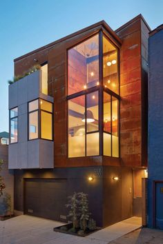 Two Homes By Zack de Vito Architecture Share A Single Lot In San Francisco Zack de Vito Architecture have designed SteelHouse 1 2 two modern homes in the heart of Noe Valley San Francisco nbsp hellip Residential Architecture, Contemporary Architecture, Interior Architecture, Contemporary Homes, San Francisco Design, San Francisco Houses, Steel House, Exterior Design, Modern Homes